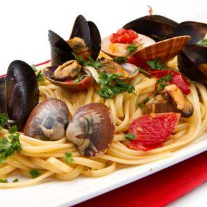 so en mit meeresfr chten pastaweb ber 600 rezepte f r nudeln pastasaucen und antipasti. Black Bedroom Furniture Sets. Home Design Ideas