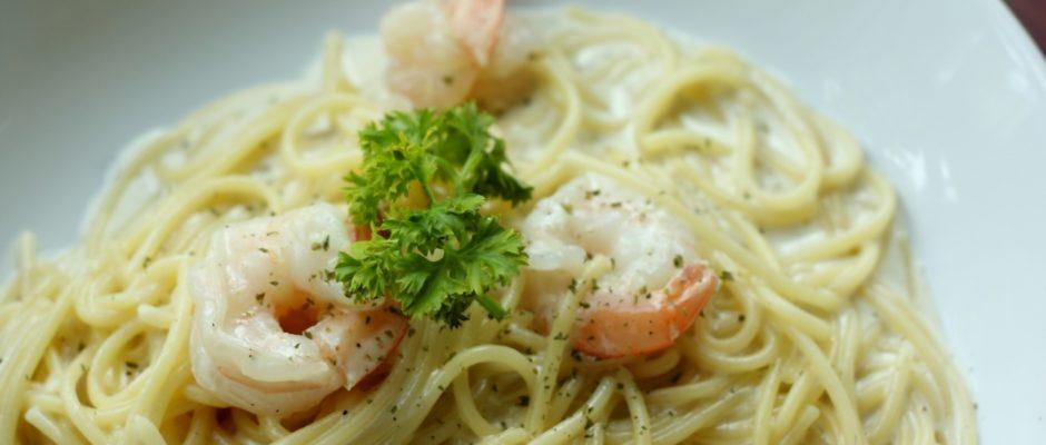 Spaghetti mit Garnelen und Prosecco-Rahmsauce
