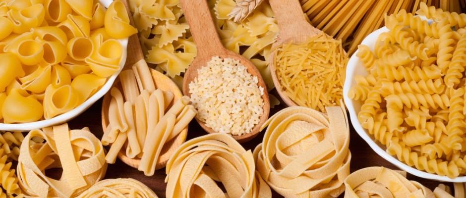 Immer wieder hört man, Nudeln seien ungesund. Für die Leser von pastaweb.de haben wir dieses Gerücht unter die Lupe genommen.
