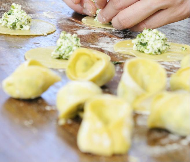 Spinat-Lachs-Ravioli mit Zitronen-Thymian-Butter