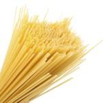Die Bezeichnung Spaghetti wurde aus dem Italienischen übernommen und bedeutet soviel wie 'Schnürchen'.