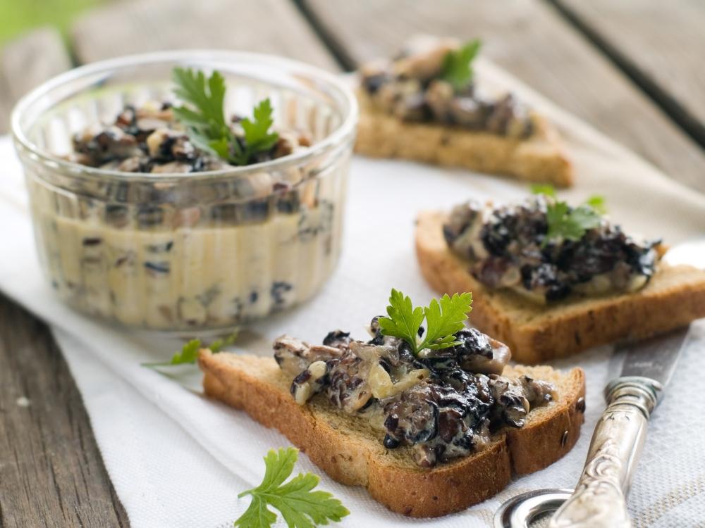 Crostini mit Pilzpaste