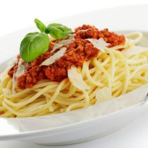 Hackfleisch-Tomatensoße zu Spaghetti