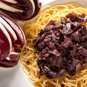 Radicchio-Soße zu Spaghetti