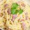 Spaghetti alla Carbonara – mit Eiern und Speck