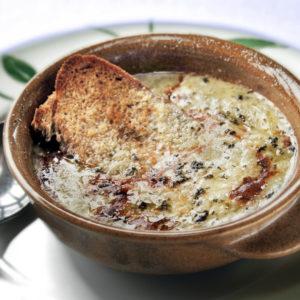 Zwiebelsuppe – Zuppa di cipolle