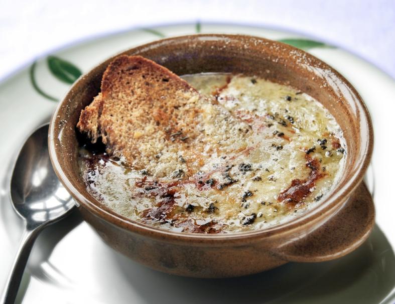 Zwiebelsuppe - Zuppa di cipolle
