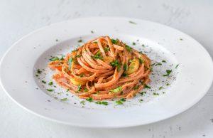Das Nudelgericht Aglio e Olio ist ein Klassiker der italienischen Küche.